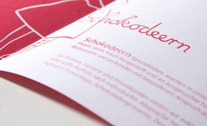 DEERNS und JUNGS DESIGN, Corporate Design Agentur Köln gestaltet Namensentwicklung, Coprorate Design, Webdesign, Visitenkarten, Briefbogen und Verpackungsdesign für Chocolaterie